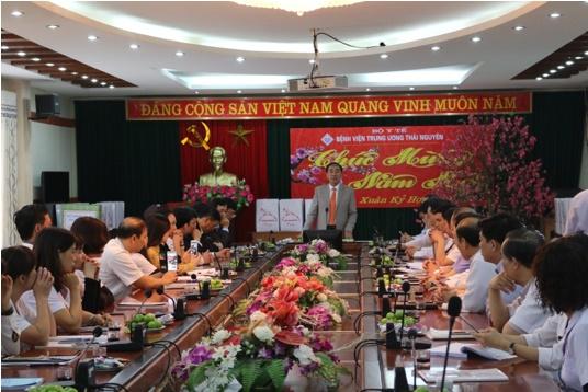 Bí thư tỉnh ủy thăm và chúc tết Bệnh viện Trung ương Thái Nguyên