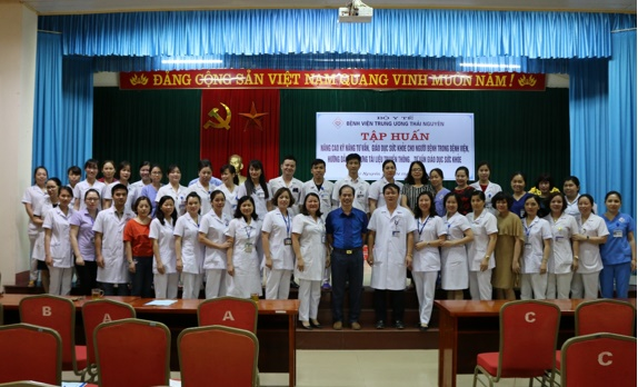 Tập huấn nâng cao kỹ năng tư vấn truyền thông giáo dục sức khỏe